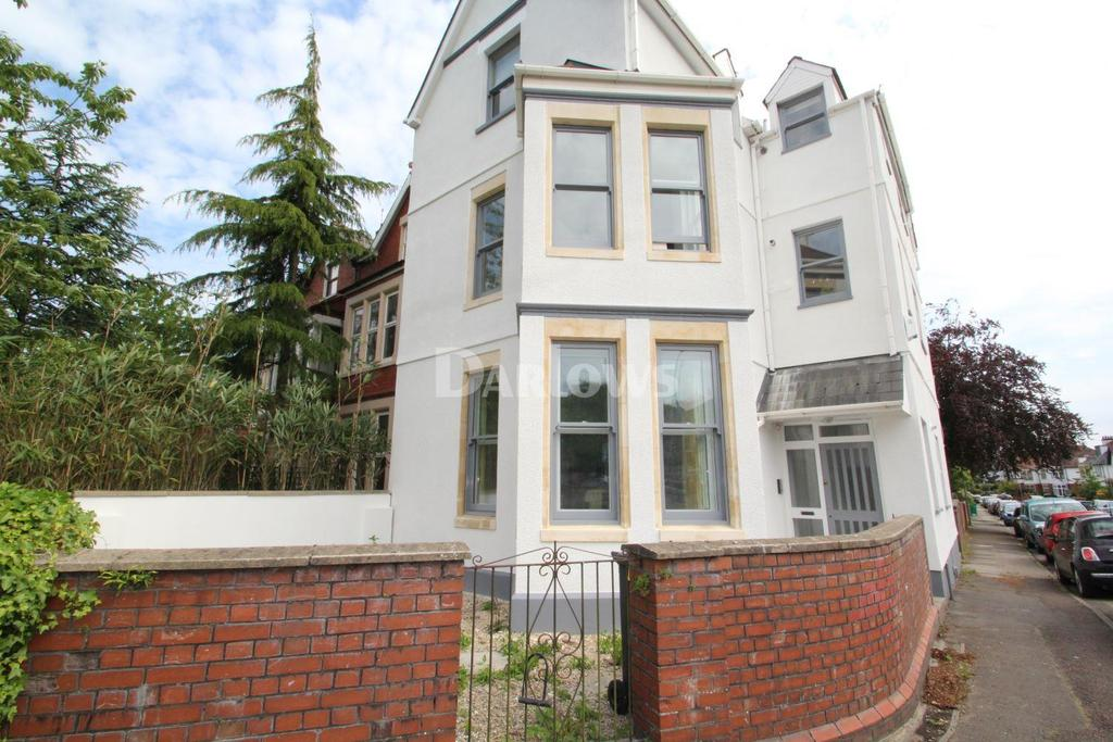 2 Bedrooms Flat for sale in Cardiff Road, Llandaff