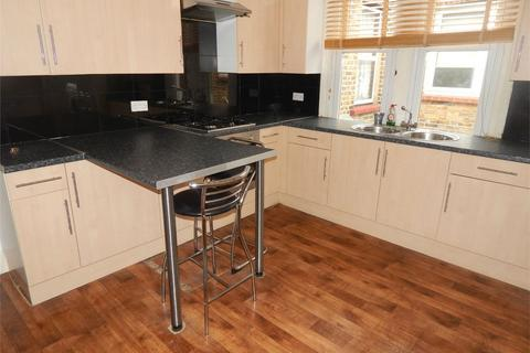2 bedroom flat to rent - Marlow Road, Anerley, London
