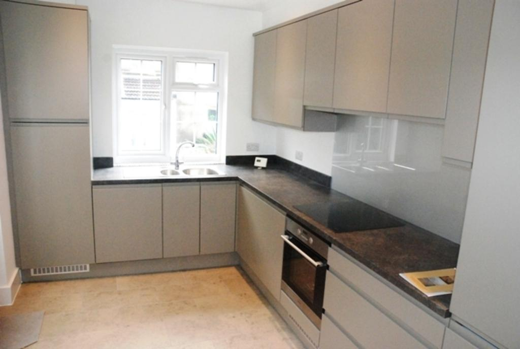 4 Bedrooms Terraced House for rent in BENNETT ROAD, BRIGHTON