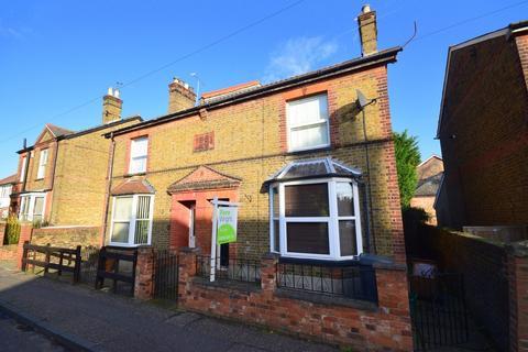 3 bedroom semi-detached house to rent - Hamlet Road, Chelmsford