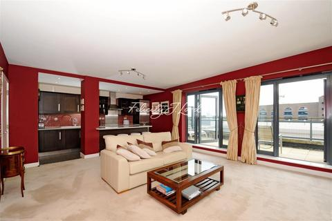 2 bedroom flat to rent - Wapping Lane, E1W