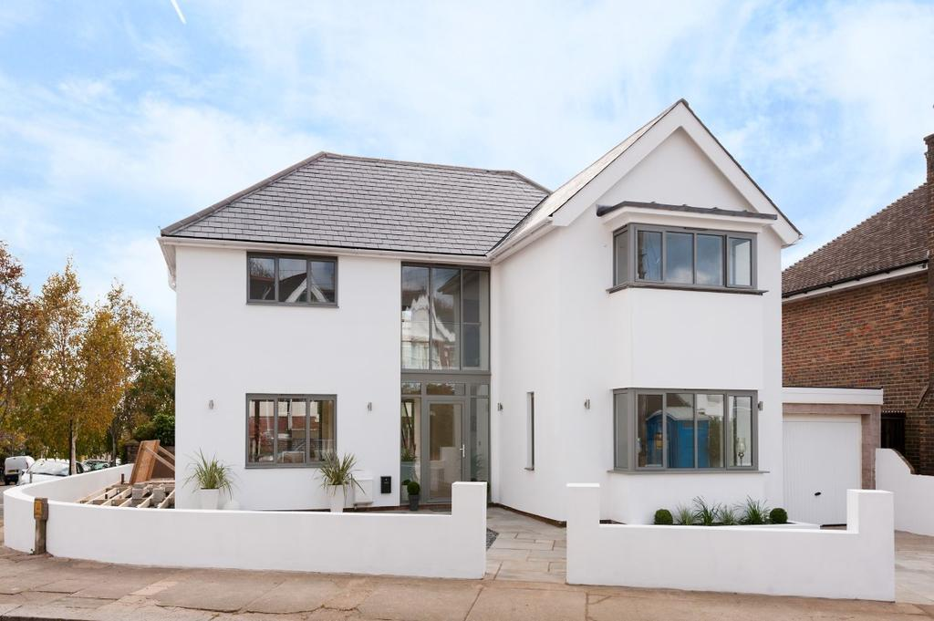5 Bedrooms Detached House for sale in Tivoli Crescent North, Brighton BN1