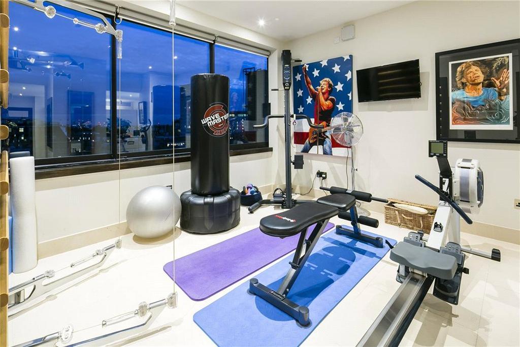 Mayfair: Gym
