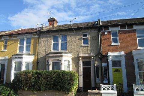 5 bedroom house to rent - Francis Avenue, Southsea, PO4
