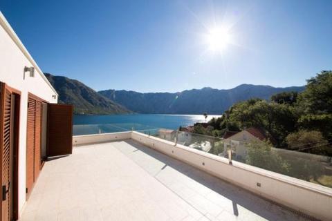 3 bedroom house  - Stoliv, Kotor Bay, Montenegro