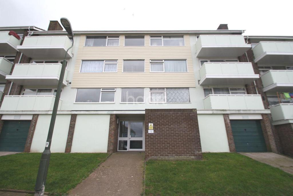 2 Bedrooms Flat for sale in Gloucester Close, Torquay