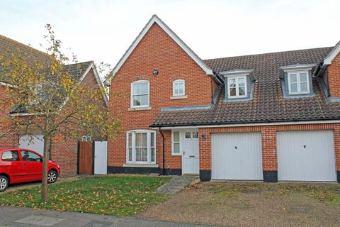 4 bedroom semi-detached house to rent - Neil Avenue, Holt NR25