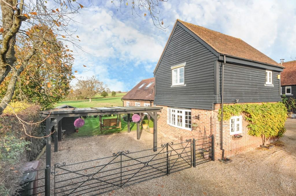 4 Bedrooms Barn Conversion Character Property for sale in Spy Lane, Loxwood