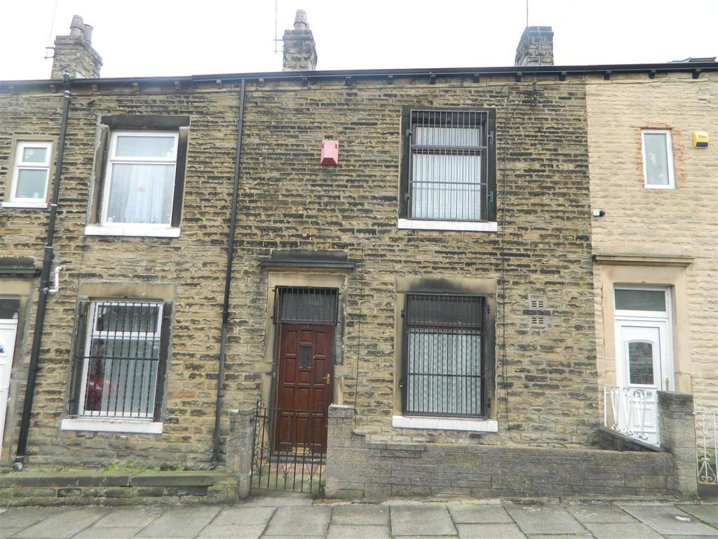 2 Bedrooms Terraced House for sale in Chislehurst Place, Little Horton, Bradford,BD5 0PP