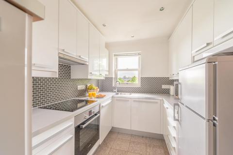 2 bedroom flat to rent - Prospect Place, Osborne Road, Windsor, SL4