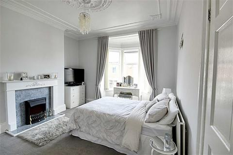 3 bedroom flat for sale - Clifton Terrace, South Shields, Tyne And Wear