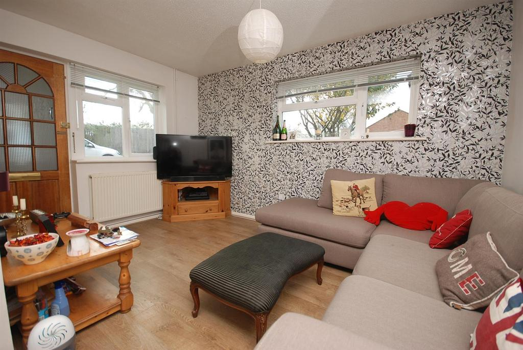 Image 2 of 9: Lounge.JPG