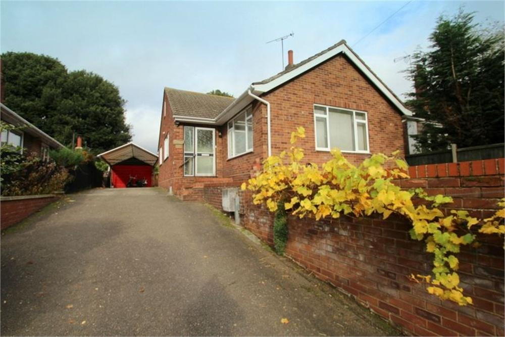 3 Bedrooms Detached Bungalow for sale in Bourne Road, COLCHESTER, Essex
