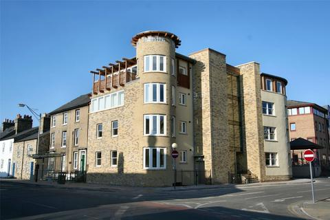2 bedroom apartment to rent - Kings Keep, Castle Street, Cambridge