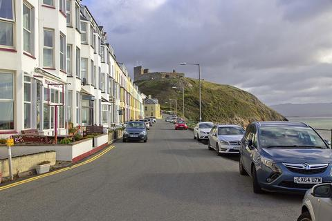 10 bedroom terraced house for sale - Marine Terrace, Criccieth, North Wales