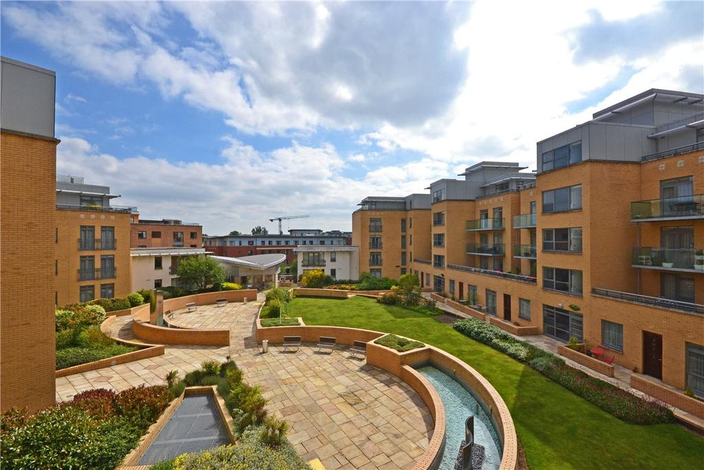 1 Bedroom Apartment Flat for sale in The Belvedere, Homerton Street, Cambridge, CB2
