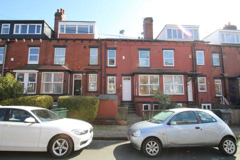 3 bedroom terraced house to rent - ALL BILLS INCLUDED - Beechwood Terrace, Burley