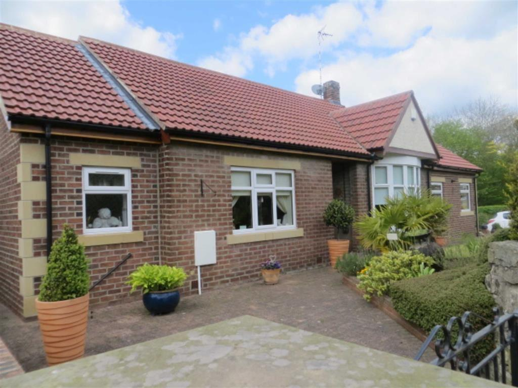 3 Bedrooms Detached Bungalow for sale in Main Road, Ebchester, County Durham