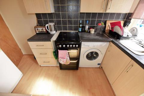 3 bedroom house to rent - Lumley Place