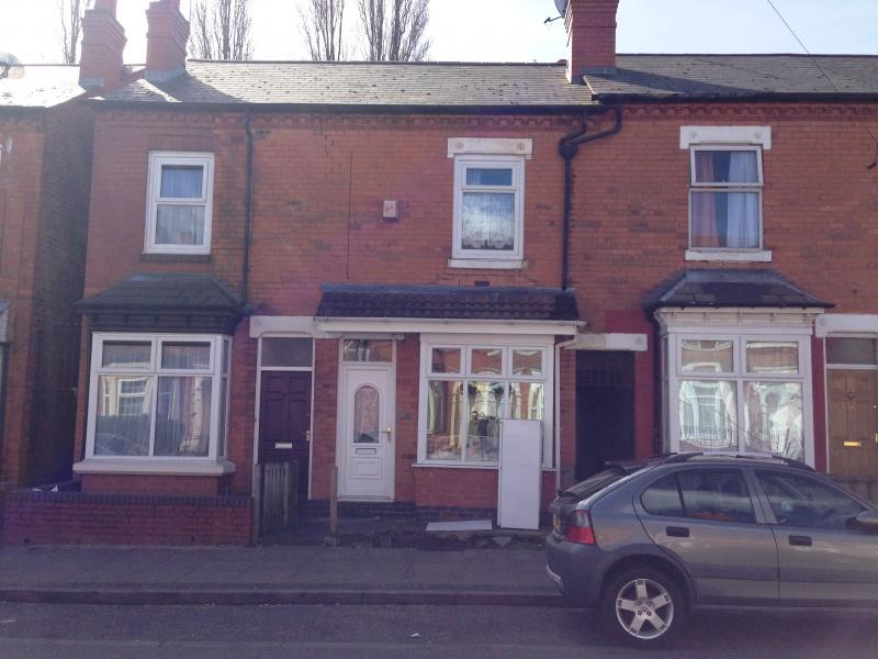 3 Bedrooms Terraced House for sale in NEWCOMBE RD, HANDSWORTH, BIRMINGHAM, B21
