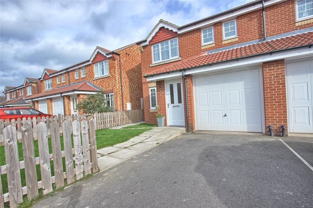 3 Bedrooms Semi Detached House for sale in Mablethorpe Close, Redcar