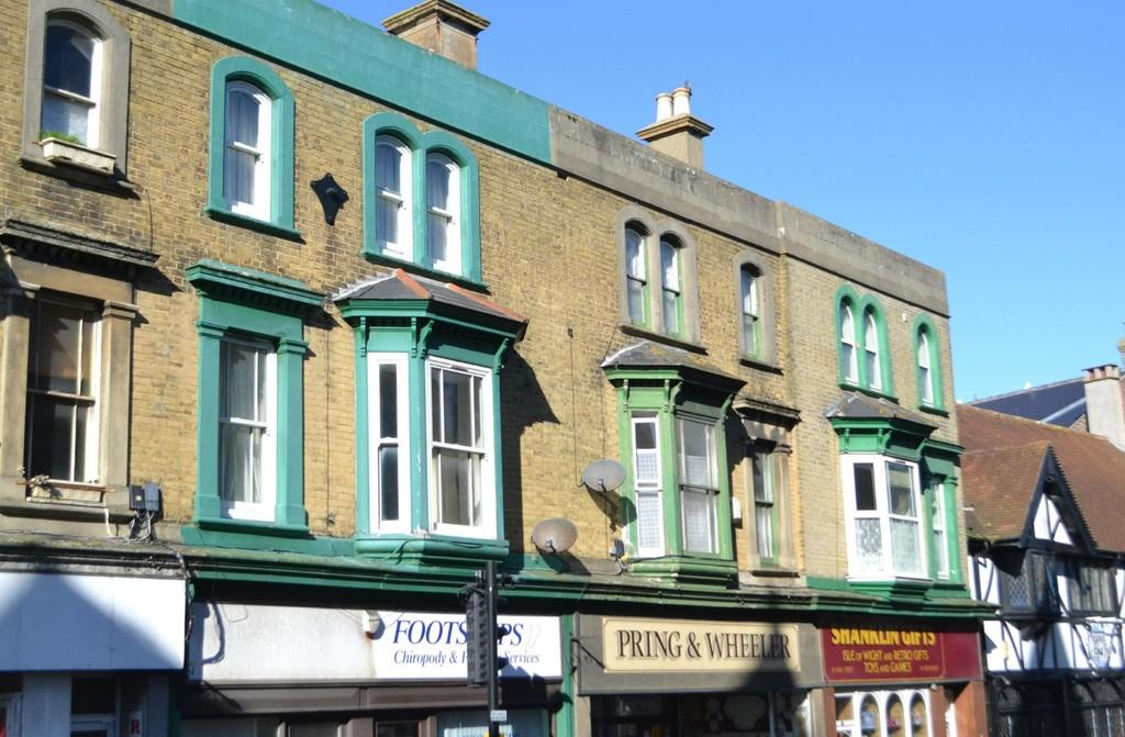 2 Bedrooms Apartment Flat for sale in High Street, Shanklin
