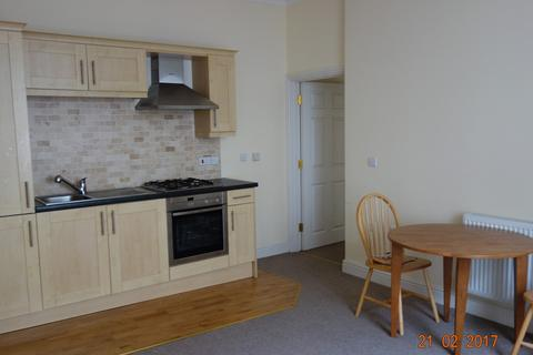 2 bedroom apartment to rent - Kensington House, Flat 1, Haverfordwest. SA61 2BH