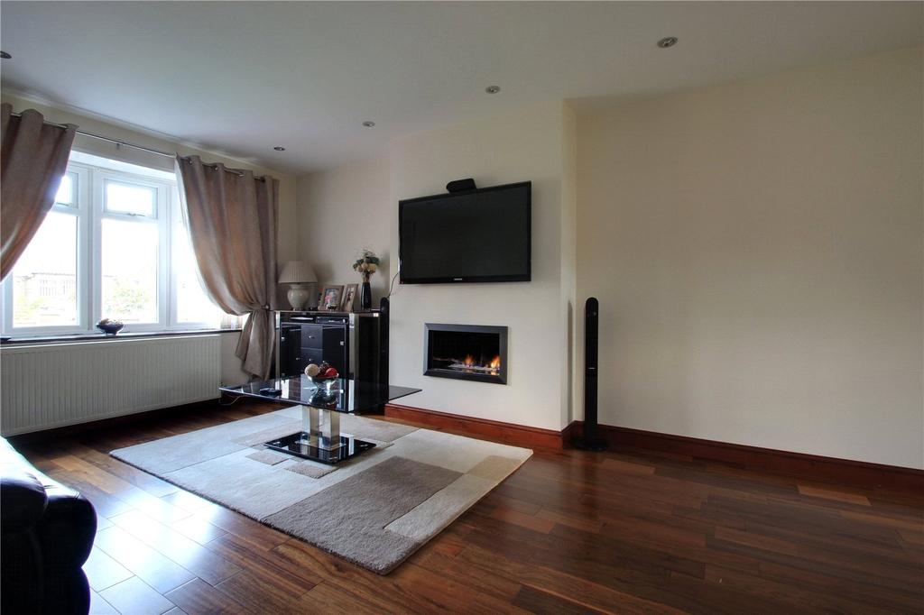 3 Bedrooms Semi Detached House for sale in Marlborough Avenue, Marske-by-the-Sea