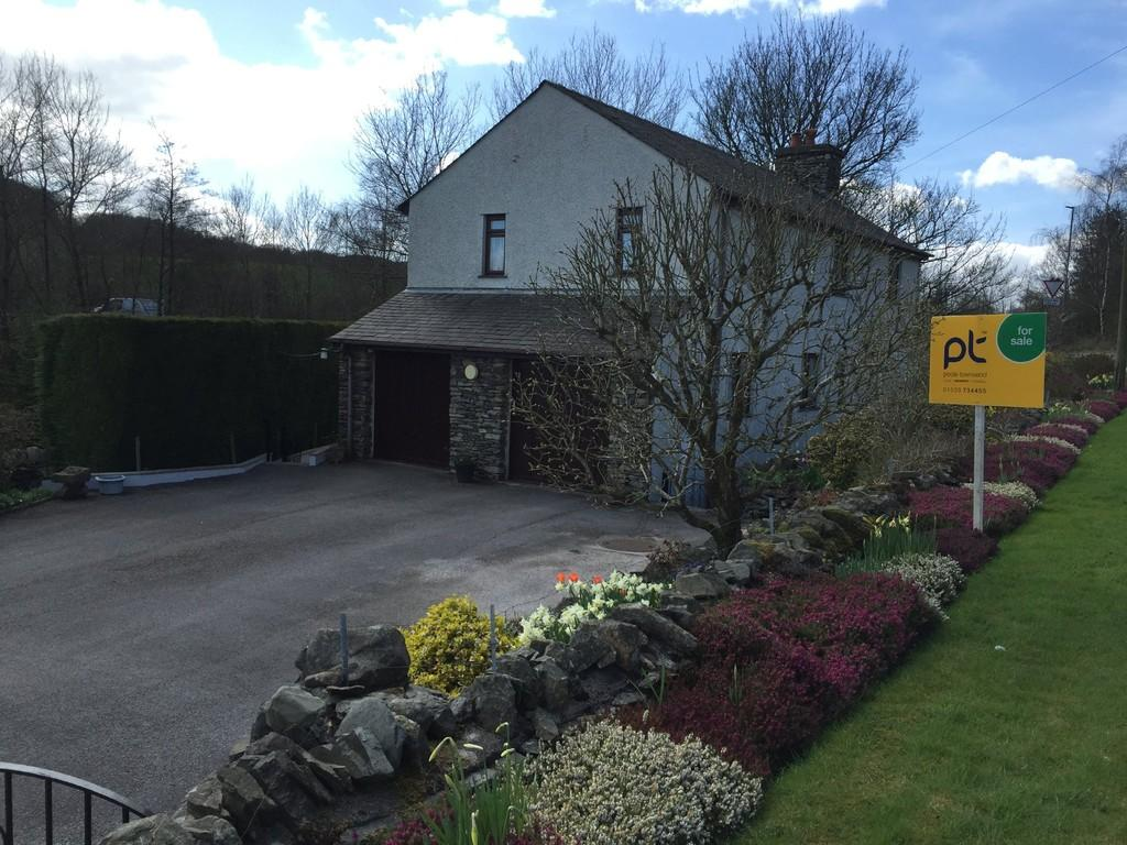 4 Bedrooms Detached House for sale in Bobbin Cottage, Danes Road, Staveley
