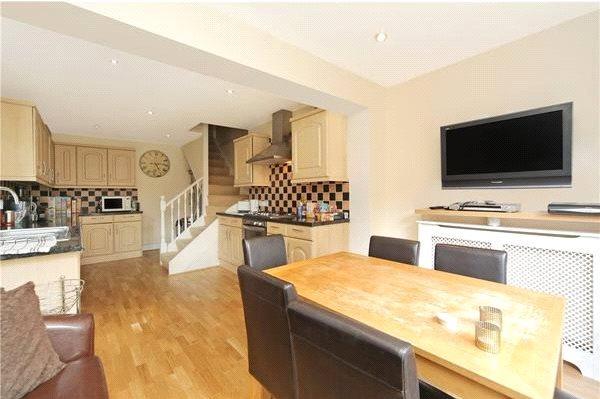7 Bedrooms Terraced House for sale in Shepherds Bush Road, London, W6