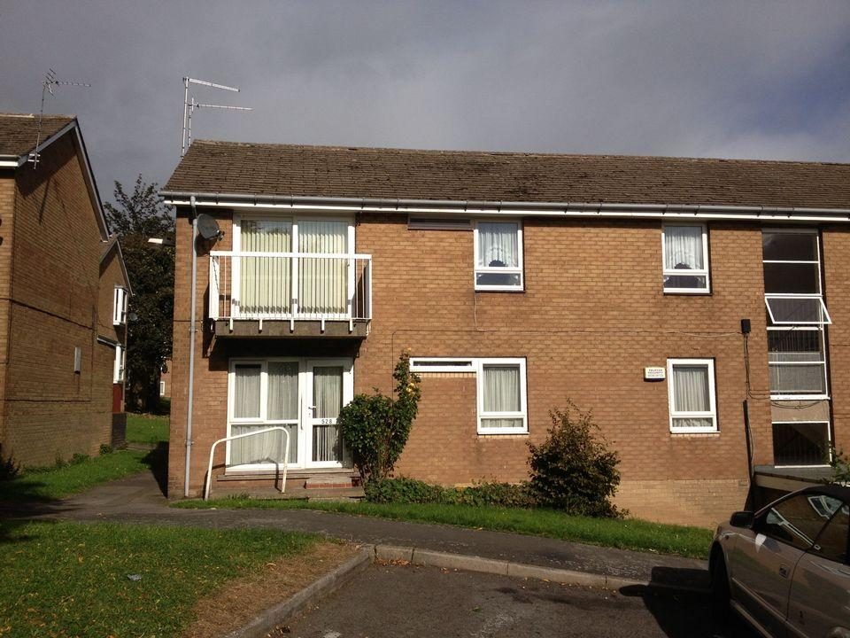 2 Bedrooms Flat for rent in 526 Firshill Crescent, Firshill, Sheffield S4