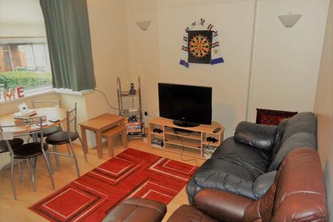 3 bedroom house to rent - Richmond Avenue, Leeds