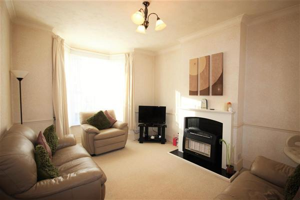 3 Bedrooms Terraced House for sale in Edith Road, Faversham