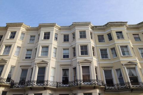 2 bedroom flat to rent - Holland Road, Hove
