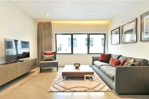 2 bedroom flat - Babmaes Street, St. James's, London