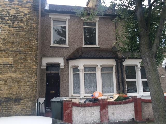 2 Bedrooms House for sale in Dukes Road, East Ham, E6
