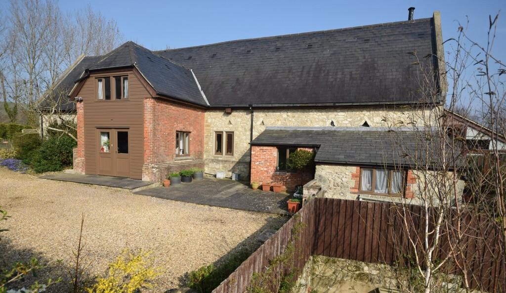 6 Bedrooms Detached House for sale in Knighton Shute, Newchurch