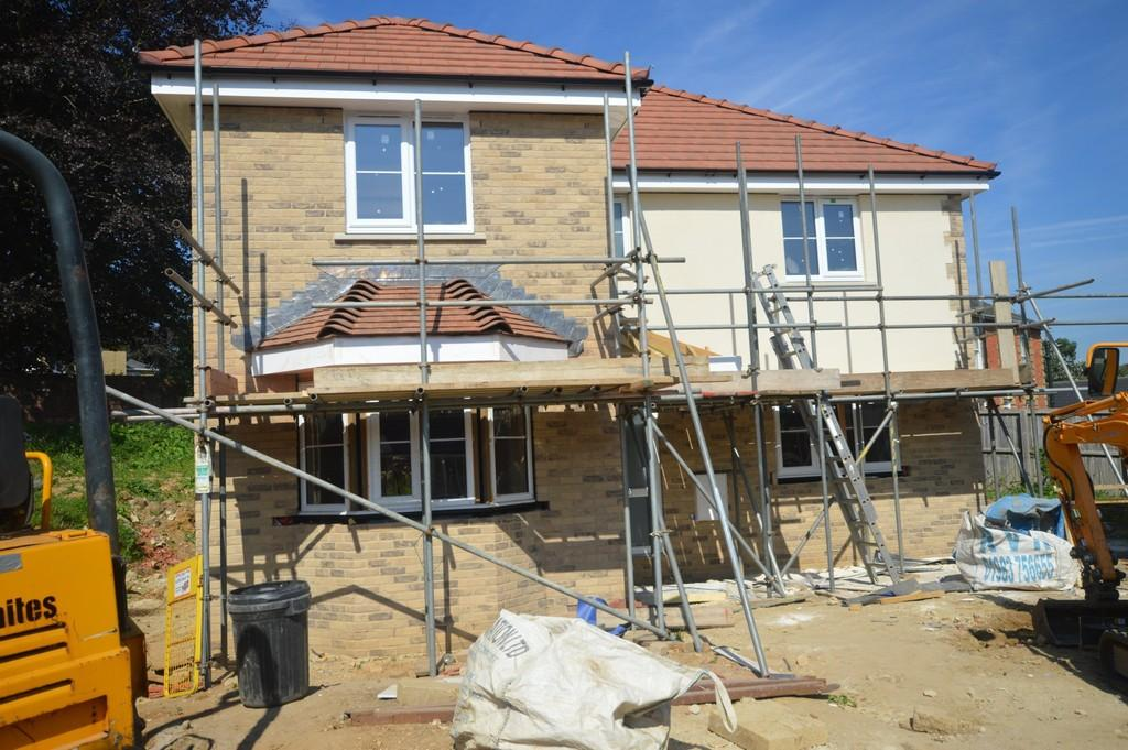 4 Bedrooms Detached House for sale in Melrose Close, Newport