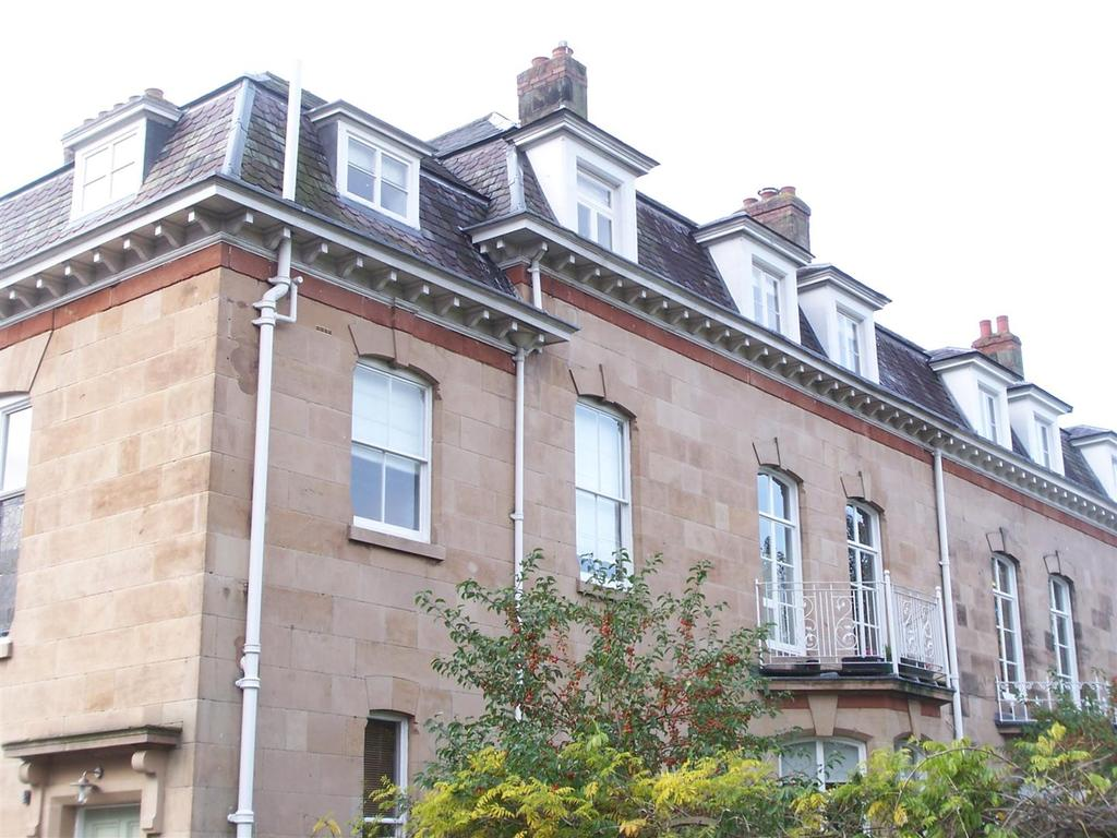 2 Bedrooms Flat for sale in Apartment 4, Kinnersley House, Pountney Gardens, Belle Vue, Shrewsbury SY3 7LG