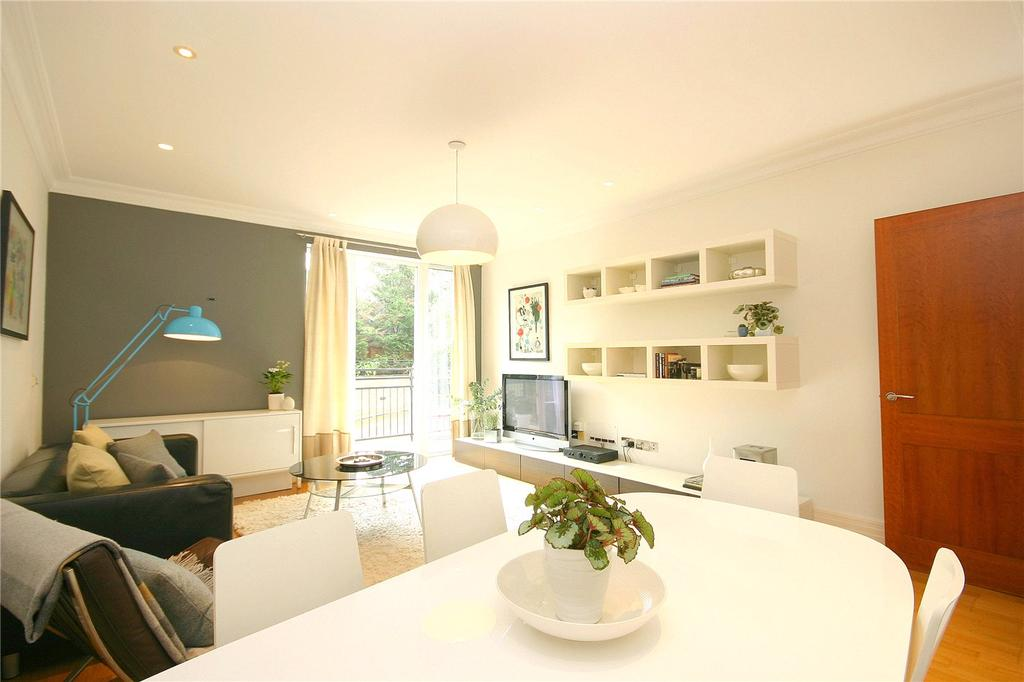 1 Bedroom Flat for sale in Magenta House, Whitcome Mews, Kew, Surrey, TW9