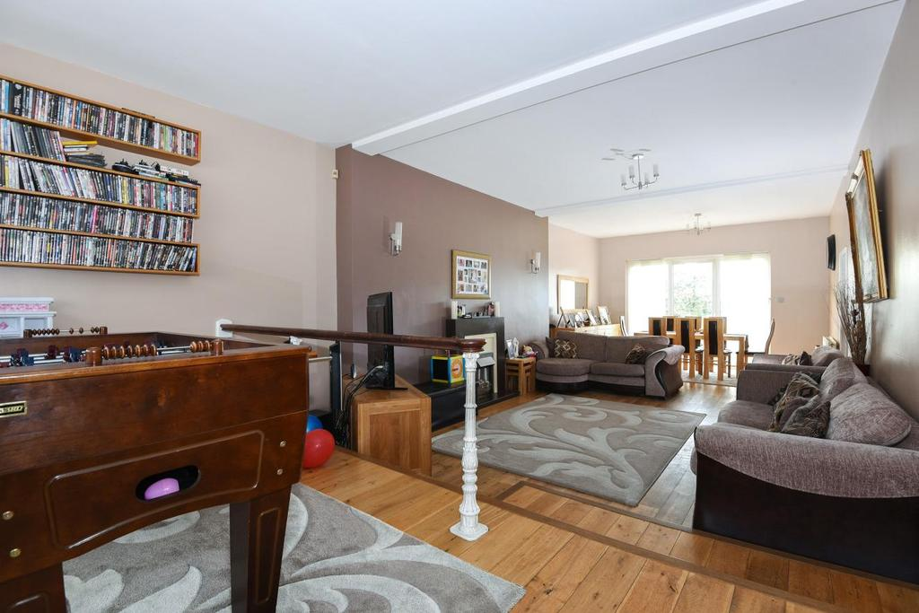 4 Bedrooms Detached House for sale in Woolacombe Road, Blackheath, SE3