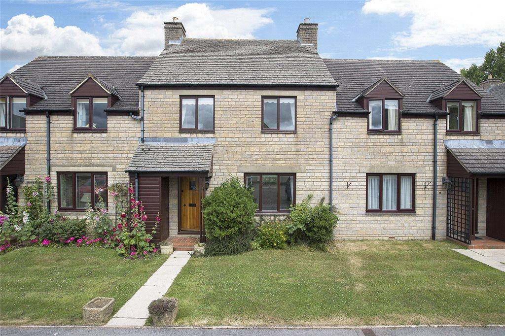 2 Bedrooms Terraced House for sale in Kingsdale Court, Broadway, Worcestershire, WR12