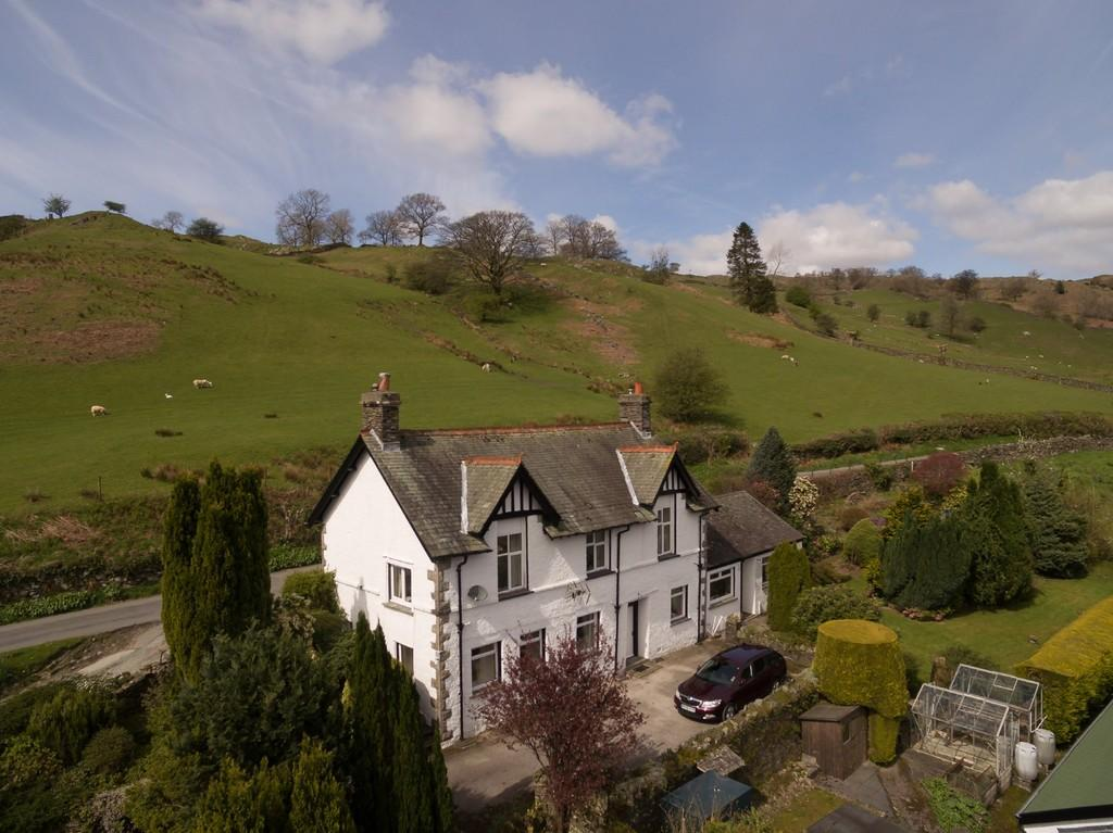 4 Bedrooms Detached House for sale in Stamp Howe, Troutbeck, Windermere, LA23 1PL