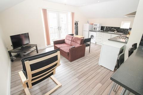 3 bedroom detached house to rent - All Bills Included, Back Hyde Terrace, City Centre