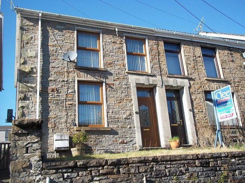 3 Bedrooms Semi Detached House for sale in Alltygrug Road, Ystalyfera, Swansea.