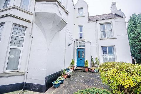 Studio to rent - Flat 8, 10 Cambrian View, Chester