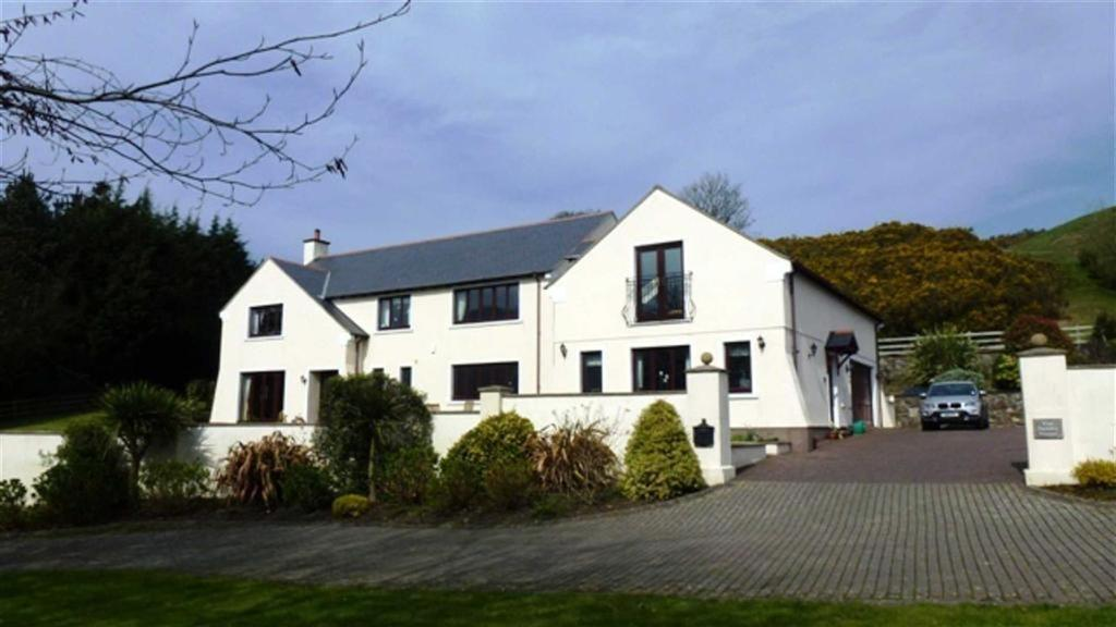 6 Bedrooms Country House Character Property for sale in Parsonage Glebe, St Johns, Isle of Man