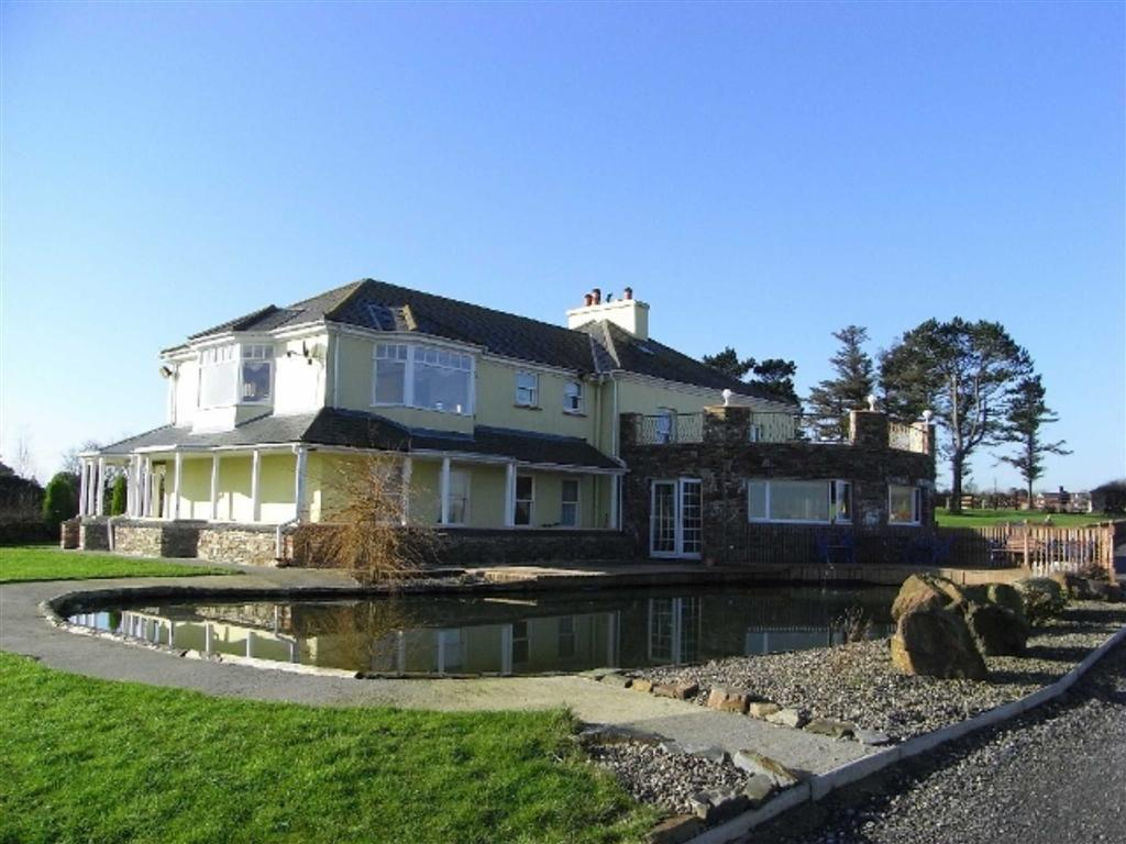 5 Bedrooms Country House Character Property for sale in Richmond Hill, Douglas