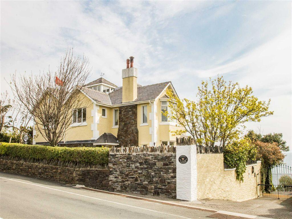 5 Bedrooms Country House Character Property for sale in Laxey Road, Baldrine