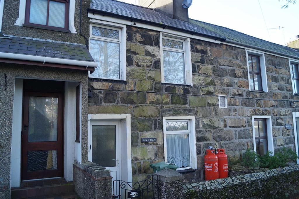 3 Bedrooms Terraced House for sale in Y Fron, Nefyn